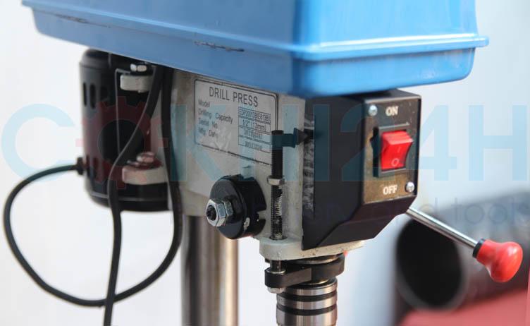 máy khoan bàn EDP20013B