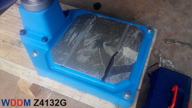 Chân đế của máy khoan bàn và taro Z4132G