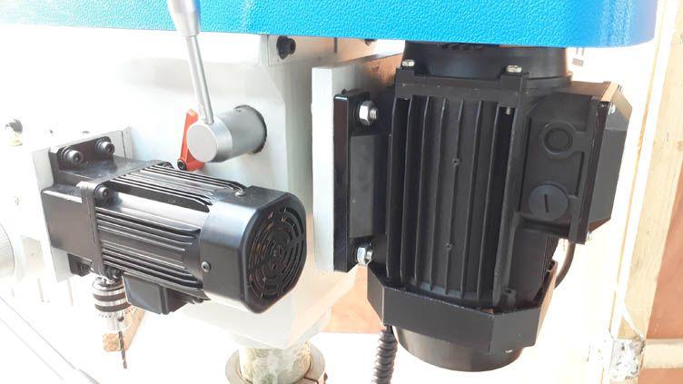 Máy khoan bàn tự động bằng động cơ riêng có ta rô ZB4120G