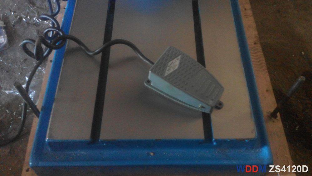 Cóc đạp điều khiển của máy khoan bàn ZS4120D