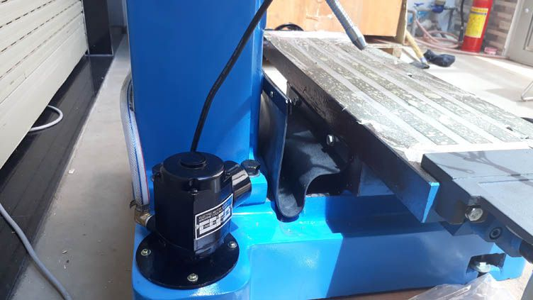 Bơm làm mát cho máy khoan phay ZX7045C