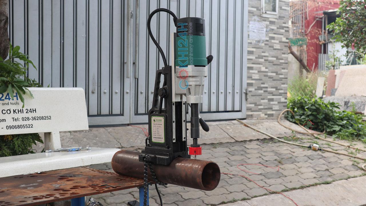 Máy lả lỗ ống Shida model J1T-150