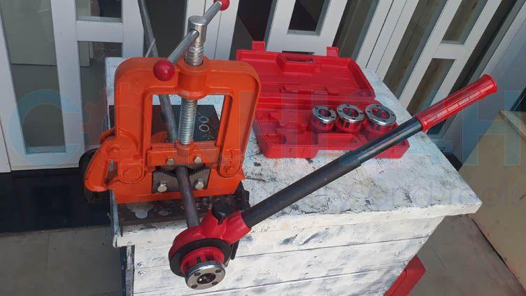 Bộ tiện ren ống bằng tay Shida SD702