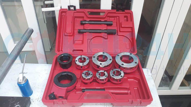 Dụng cụ tiện ren ống bằng tay SD705