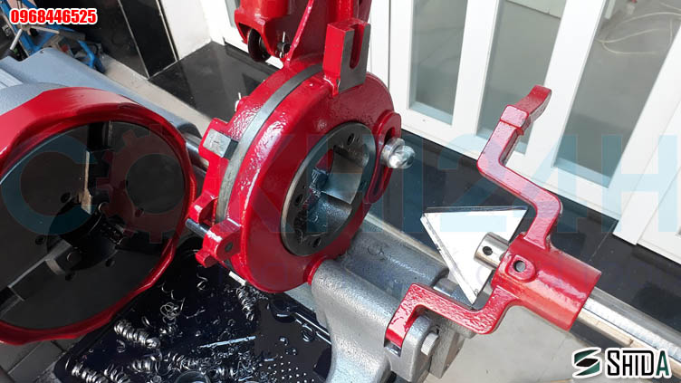 Máy tiện ren ống Shida Z1T-R3III
