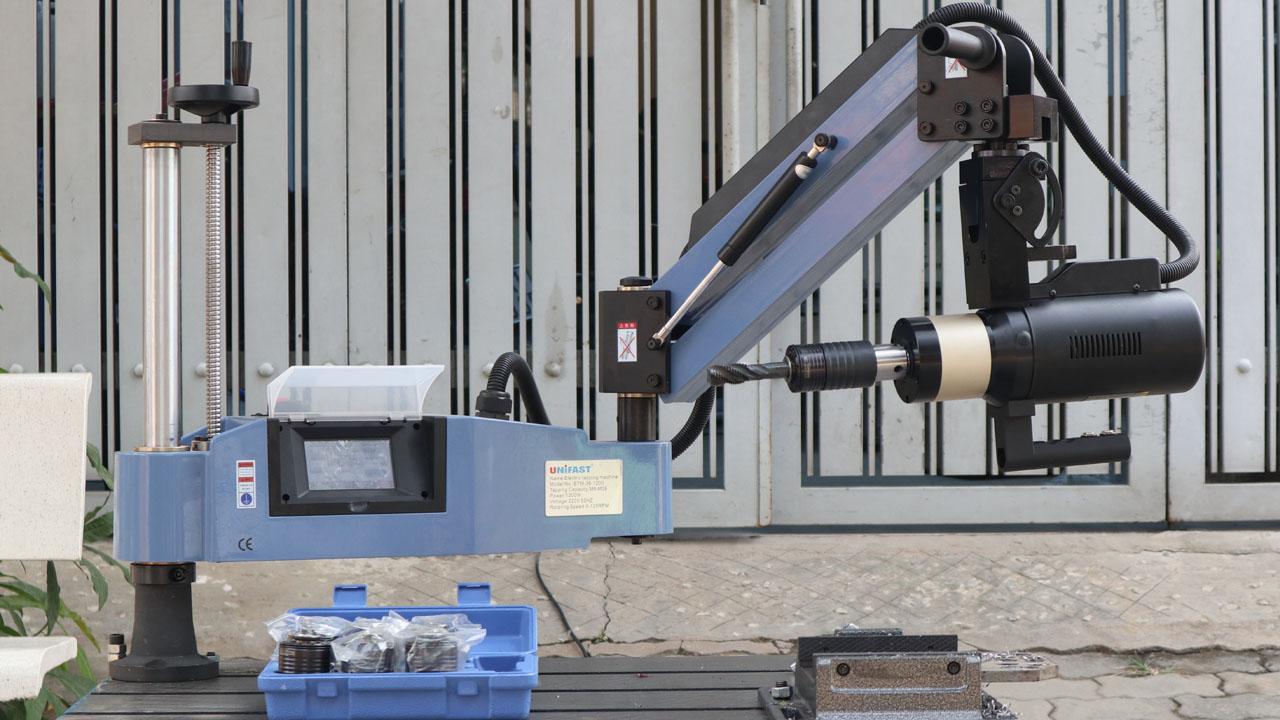 Máy ta rô cần điện UniFast ETM-36-1200